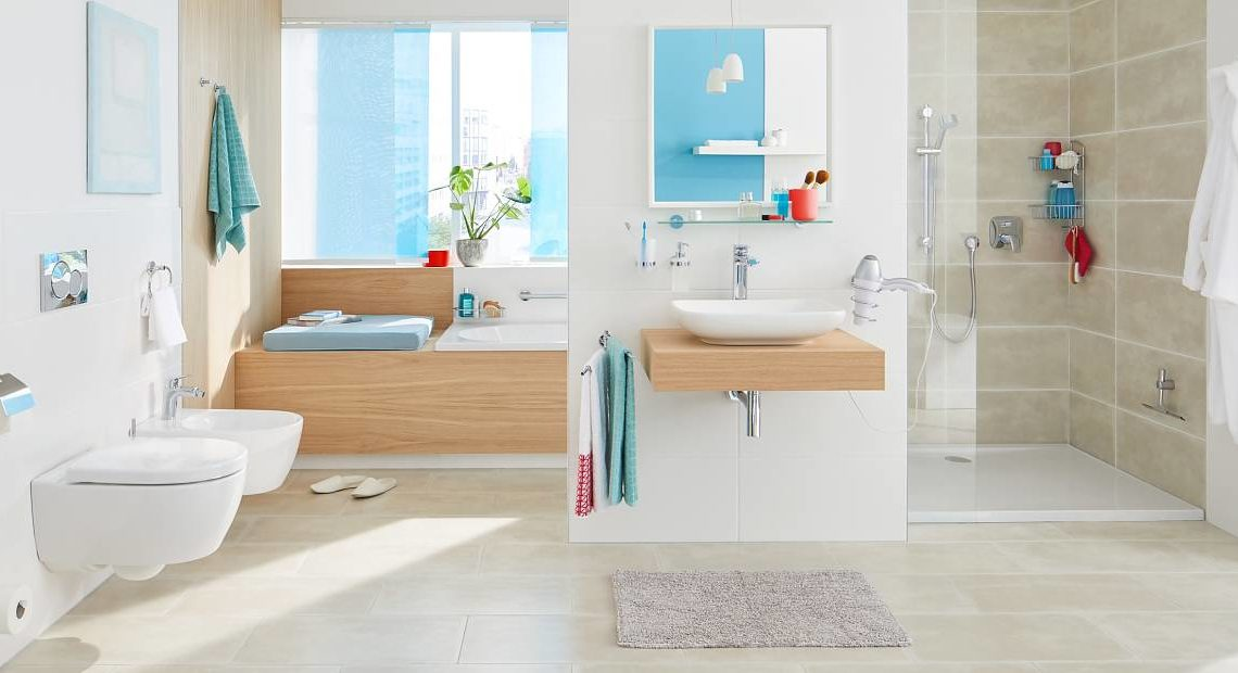 5 Ways of Making Towels A Part of a Small Bathroom